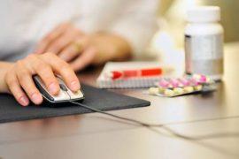 Социологи выявили недоверие россиян к онлайн-аптекам